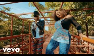 "VIDEO: Omawumi ft. Kizz Daniel – ""Me Ke"""