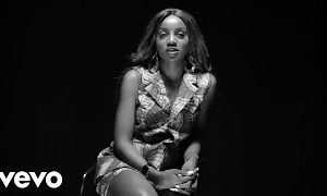 "E-news: ""It Is Painful That My Humanity Was Used For Entertainment"" – Seyi Shay Talks TV Blunder And Falling On Stage In New Documentary #IAmAnElectricPackage"