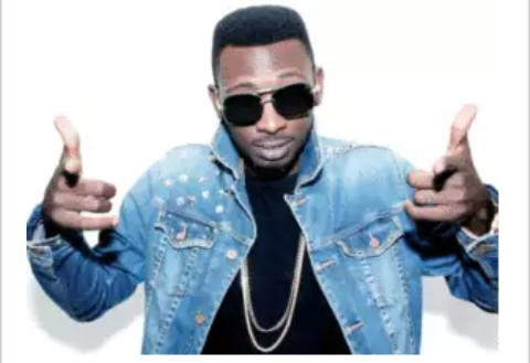 E-news: Singer, May D Gets Fiance Support In Baby Mama Drama