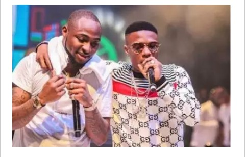 E-news: Davido Wishes Wizkid Happy Birthday || WATCH