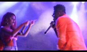 E-news: Reekado Banks & Vanessa Mdee Loved Up In Sultry Performance